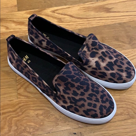 H\u0026M Shoes | Hm Leopard Print Slipon
